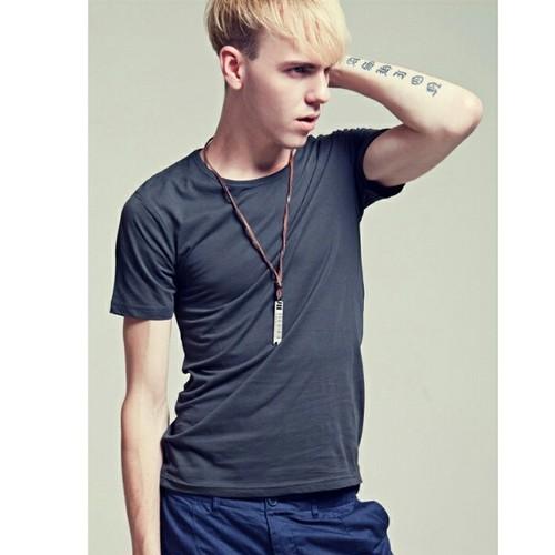 コットンTシャツVネックとクルーネックの2タイプ色豊富メンズ送料無料