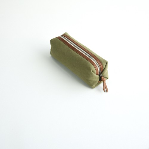 CANVAS PEN CASE S / MOSS GREEN