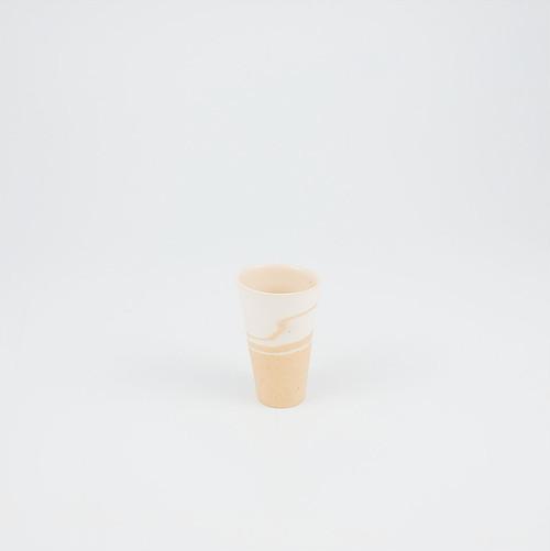 ぐいのみ 白×黄土