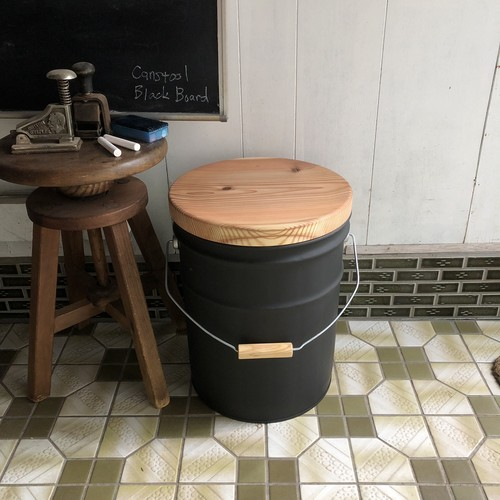 CANSTOOL  Black Board