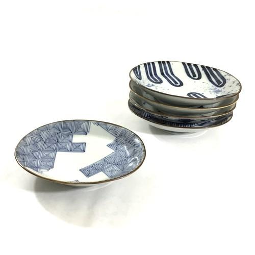 石畳紋楕円高台皿