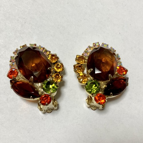 Vintage Juliana Earrings ③