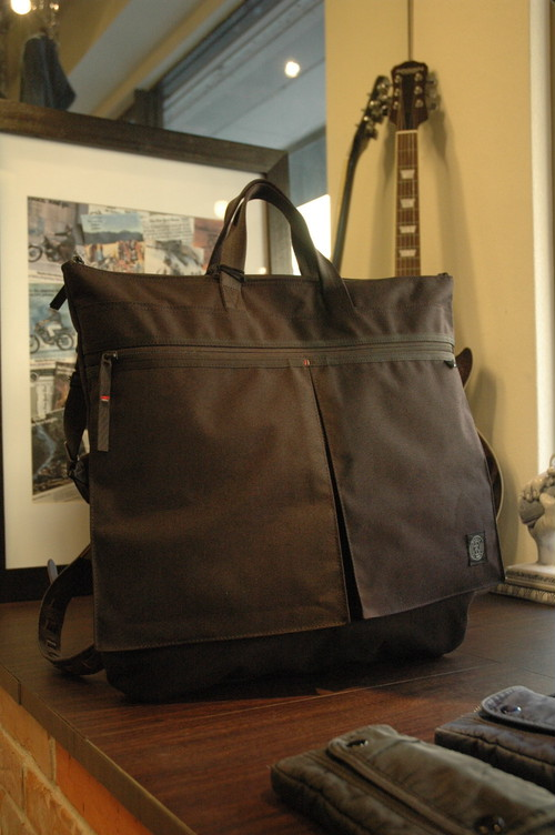 Porter Classic - Newton Bag - Helmet Case L - Black