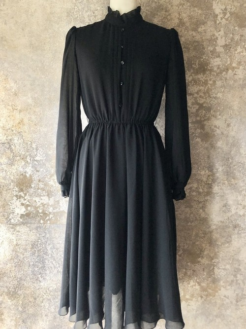 lace stand collar black dress