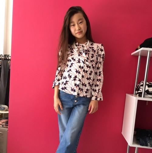 SALE韓国子供服❤️スター柄ブラウス❤️
