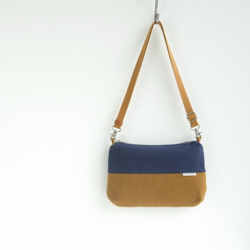 CANVAS FLAT SHOULDER W / NV×CM