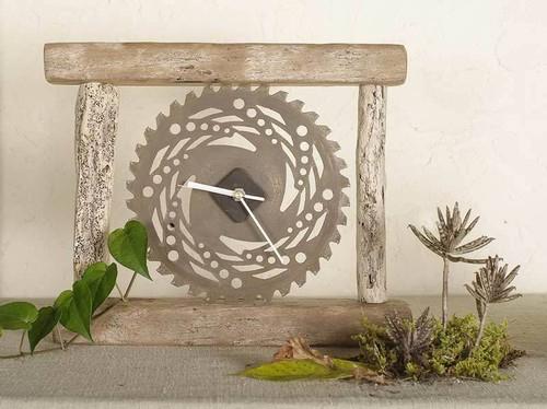 流木の時計-1