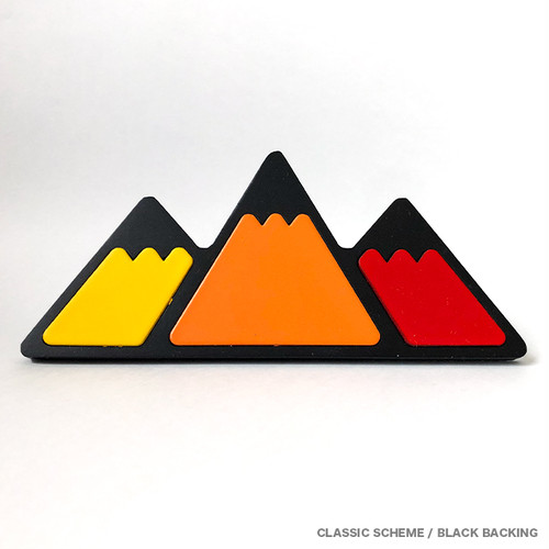 【 TacoVinyl 】 Mountain Grille Badge