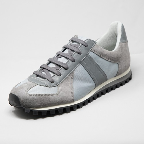 GERMAN TRAINER MARATHON <GRAY>