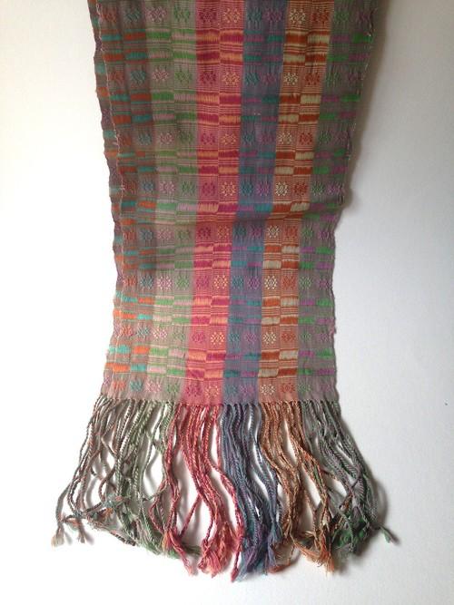 ブータン手織りショールC