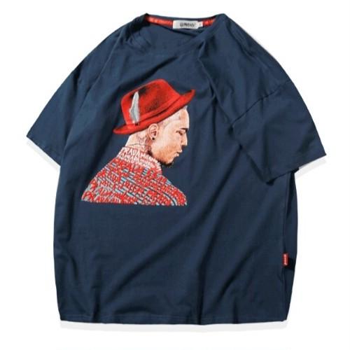 送料込みビッグサイズ帽子男プリントネイビーTシャツ