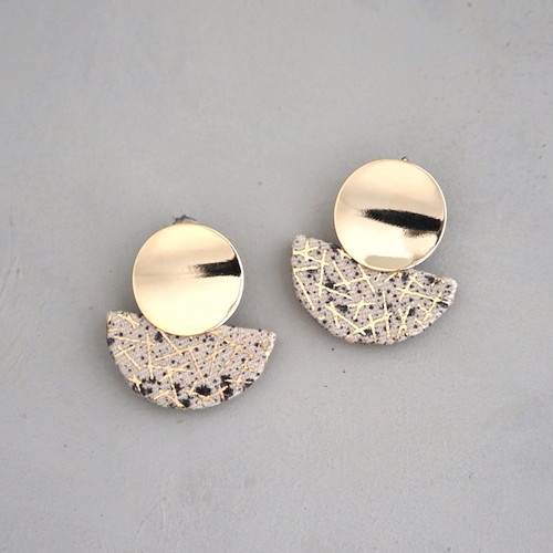 pierced earrings C-P27/earrings C-E27<gold>