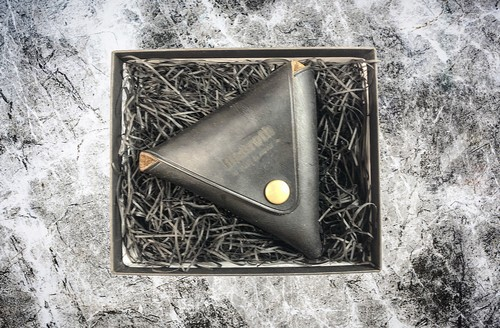 Triangle 【coin case】 <クロムエクセルレザー>