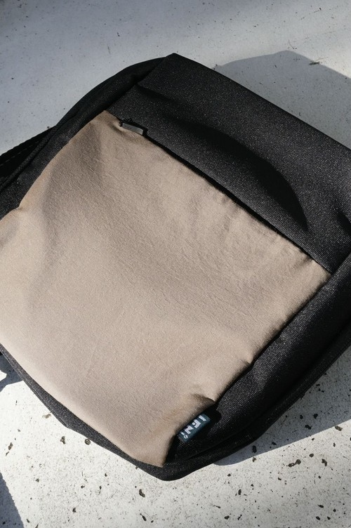 IFNI SHOULDER BAG [ COYOTE ]