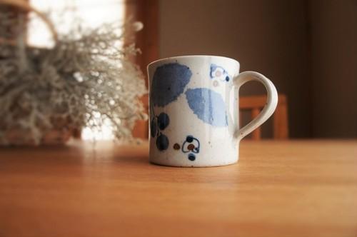 砥部焼/マグカップ(特大)/ブルー木の葉