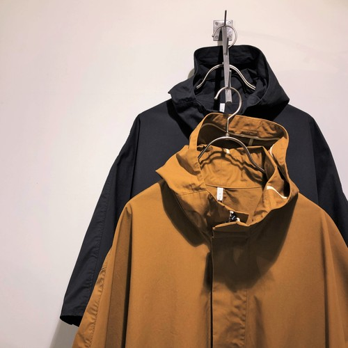 FIRMUM 【フィルマム】 POLYESTER & COTTON OXFORD - WATER REPELLENT FINISHING HOODED COAT