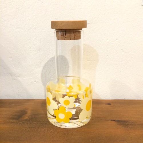 レトロポップな花柄ドレッシングボトル
