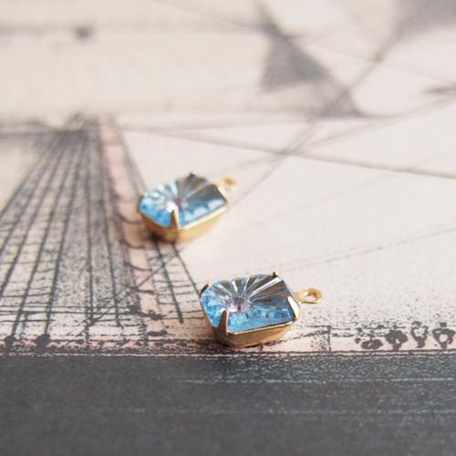 ヴィンテージ オクタゴンのラインストーンに埋め込まれたラウンドストーン(ブルー、グレー・1コ)