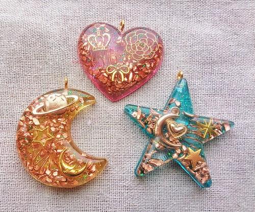 月、星、ハート薄型オルゴナイト