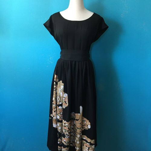 Vintage black kimono dress/ US 8, french sleeve