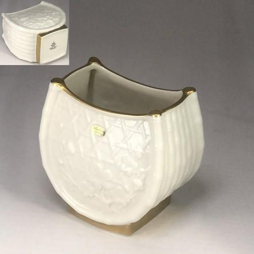 ノリタケ浮彫梅籠アイボリーチャイナ花瓶T1934