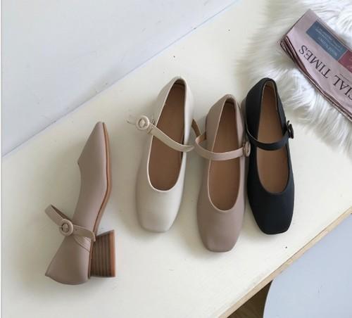 ストラップシューズ フレアヒール スクエアトゥ エレガント フェミニン 靴 韓国
