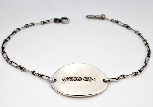 b-rogo engraving Shell-board Bracelet