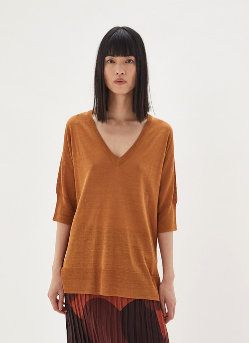V-NECKLINE SWEATER WITH ELBOW SLEEVE