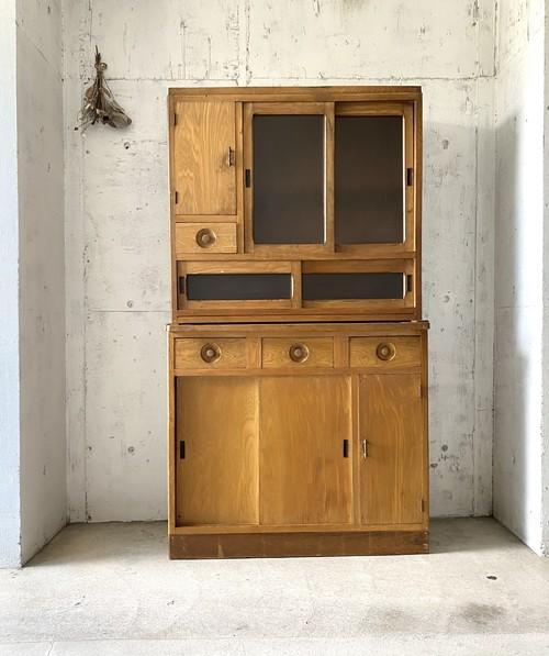 背丈のある2段の食器棚[古家具]