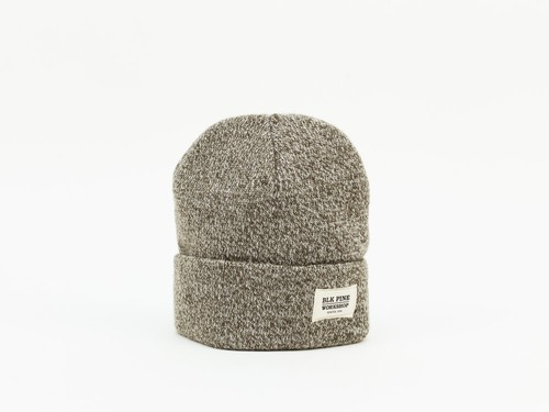 TIGHT KNIT BEANIE - OLIVE