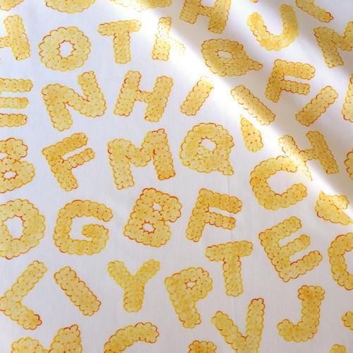 【オーガニックコットン サテン】biscuits alphabet(plain)98cm単位(幅142cm):受注生産
