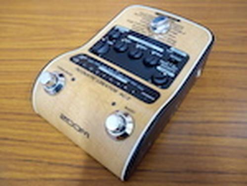 ZOOM(ズーム)/ AC-2 Acoustic Creator アコースティックギター用DI機能付きプリアンプ