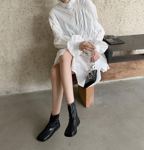 足袋風ショートブーツ サイドジップ スクエアトゥ ソフトレザー やわらかい 合皮 革 秋冬 防寒 黒 ブラック 茶 ブラウン 個性的 痛くない 韓国