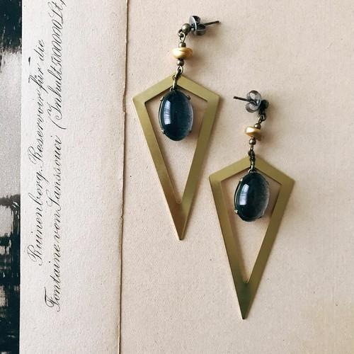 Edge earrings