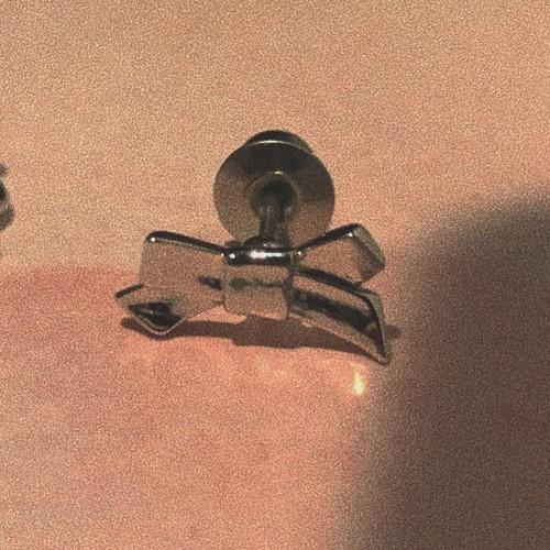 ribbon earring 片耳 #17272 silver りぼん片耳ピアス/イヤリング /シルバー