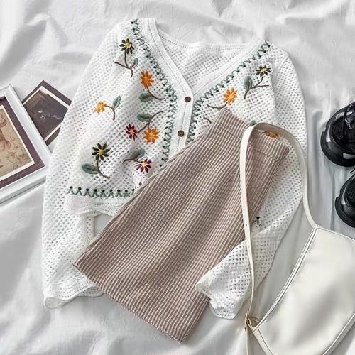 レディース 可愛い オシャレ Vネック 長袖 ニット 刺繍 スウィート ニットスカート デート服 トレンド 2点セット セットアップ