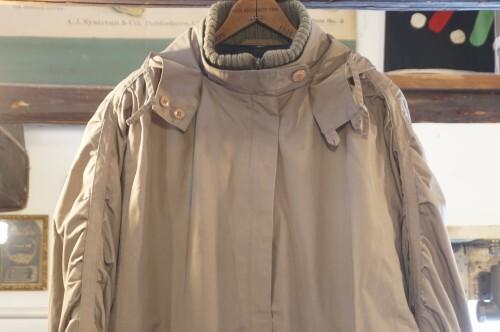 80's gathered sleeve zip-up Coat