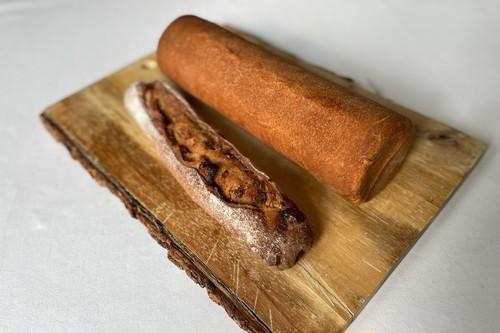 自家製ブリオッシュと自家製ライ麦パン 2本セット