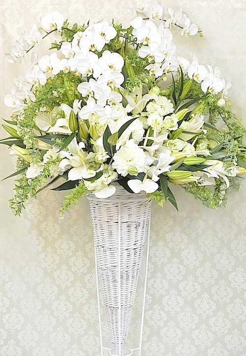 E0248) 御祝いスタンド花 ホワイト系