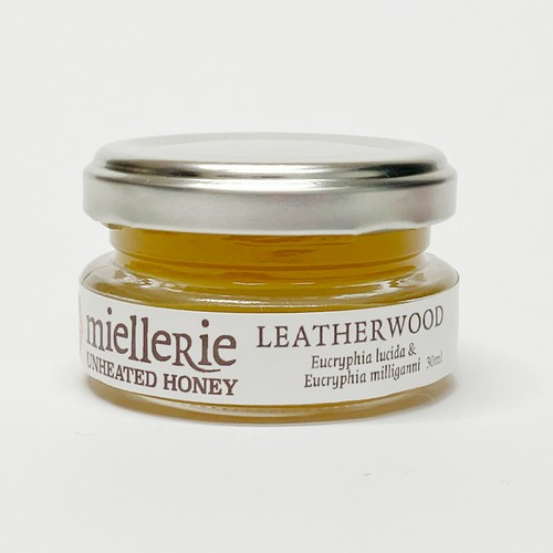 LEATHER WOOD     30ml