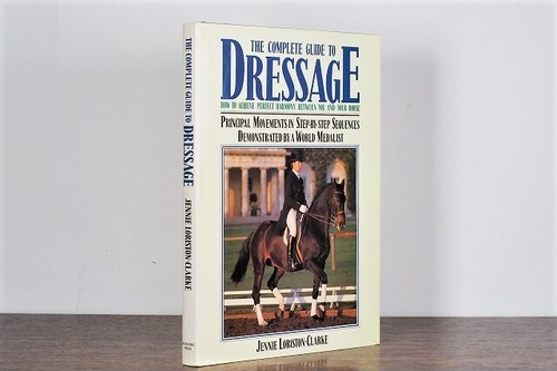 【VP005】Complete Guide to Dressage /visual book