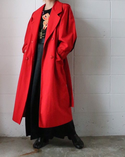 80's red over silhouette coat