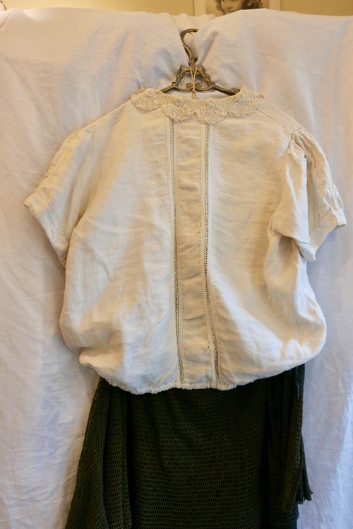 French Antique Linen Blouse -Lace Collar- 1920~40's