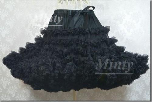 ふわふわ姫系パニエ♪漆黒ブラック黒6段フリルのボリュームチュールパニエ ビッグ&ロングサイズミンティーminty