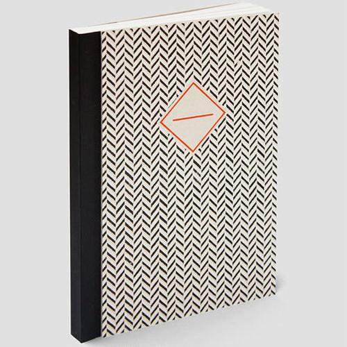 ハンドメイドのノート ヘリンボーン(黒)・中サイズ