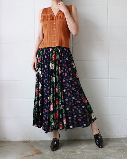 navy floral rayon skirt