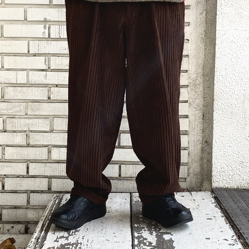 USED FAT CORDUROY 2-TUCK PANTS