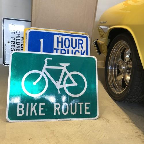 Bike Route 1 アメリカンロードサイン トラフィックサイン 道路標識