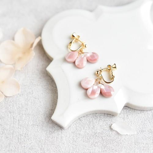 【K14gfピアス・イヤリング】桜の花びら シェル
