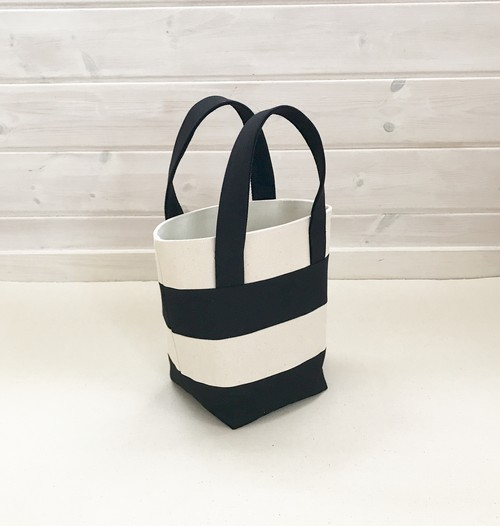 border mini tote bag ▶︎▶︎ ivory × black